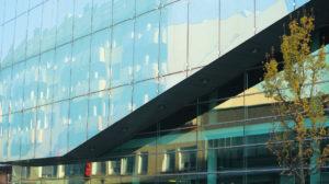 Reinigung Glas und Fassaden, Fensterreinigung, Reach & Wash-System - glasfassadenreinigung02 300x168