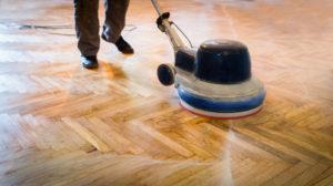 Aufbereitung, Pflege von Holzboden, Steinboden, Fliesen - holz und steinbodenaufbereitung01 300x168