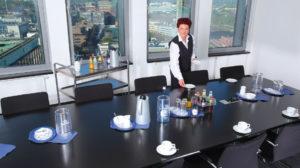 Küchenservice, Catering, Besprechungsraum - küchenservice02 300x168
