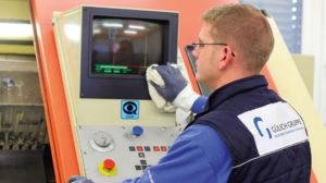 Maschinenreinigung, Industrie-Reinigung - maschinenreinigung01 300x168